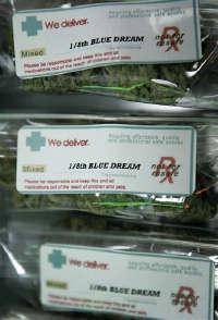Porsjonspakker med medisinsk  marihuana   i et cannabisutsalg California - nå også med  presidentens velsignelse.