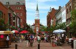 I Burlington, Vermont  fungerer lokaldemokratiet fortsatt gjennom folkemøter.