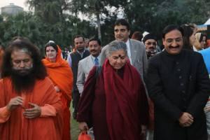 Vandana Shiva og swami   ???