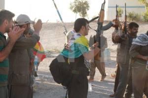 Kamptrente geriljastyrker fra Syria og Tyrkia  viste seg mere effektive enn peshmergas.
