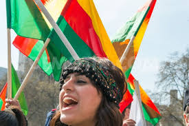 I Rojava  blir  kvinners deltakelse prioritert høyt.